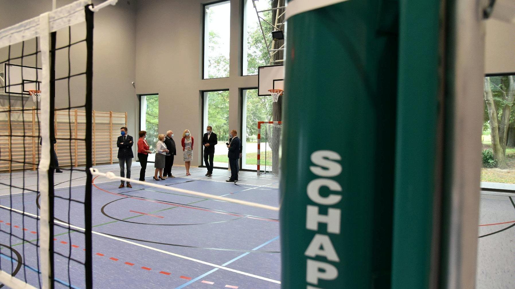 Nowa sala gimnastyczna na Głuszynie czeka na pierwszych użytkowników. - grafika artykułu