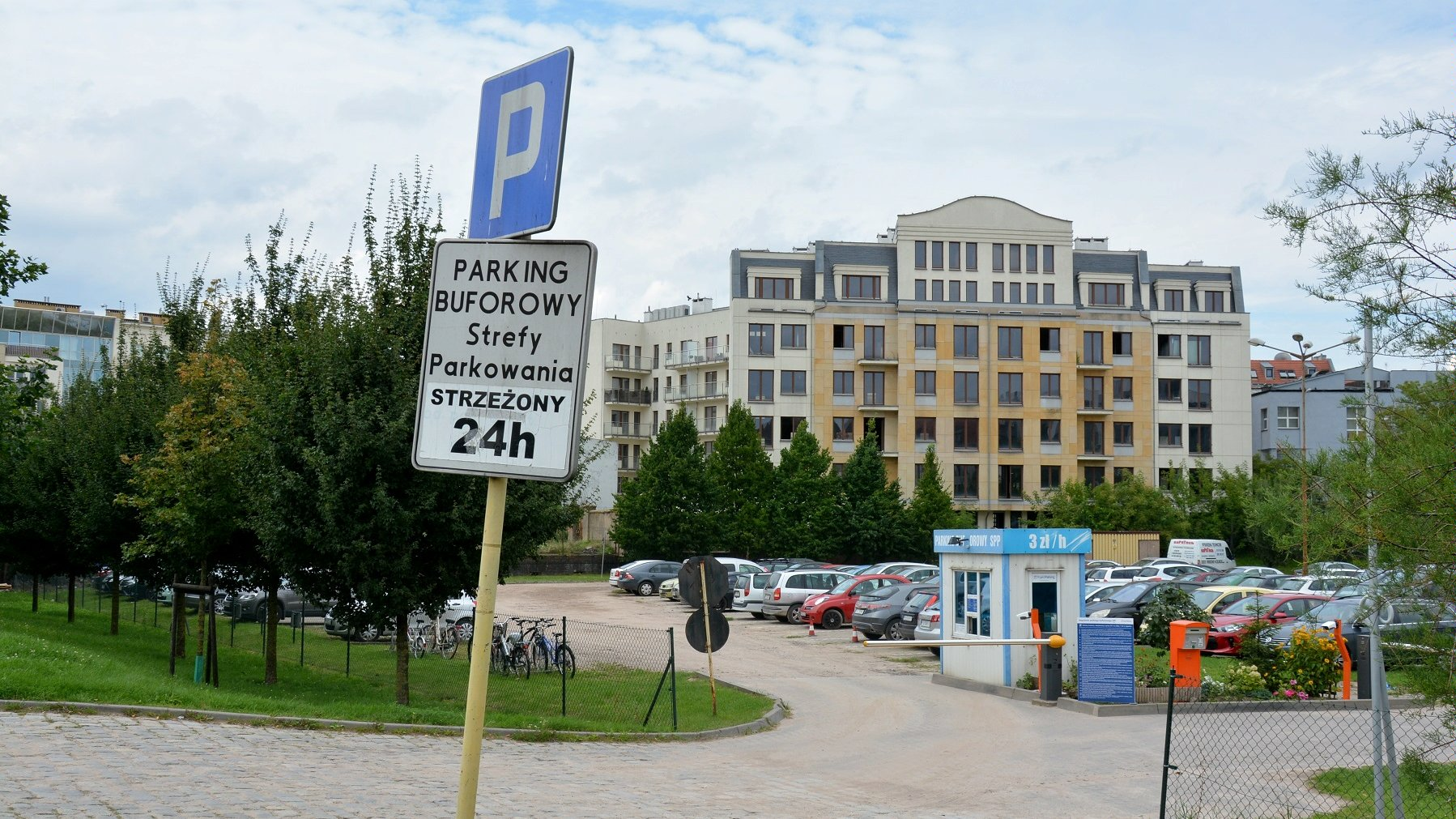 Parking buforowy na Chwaliszewie